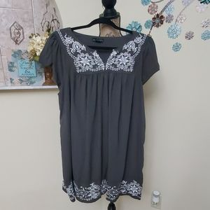 One Clothing 2X plus Blouse with embroidered trim